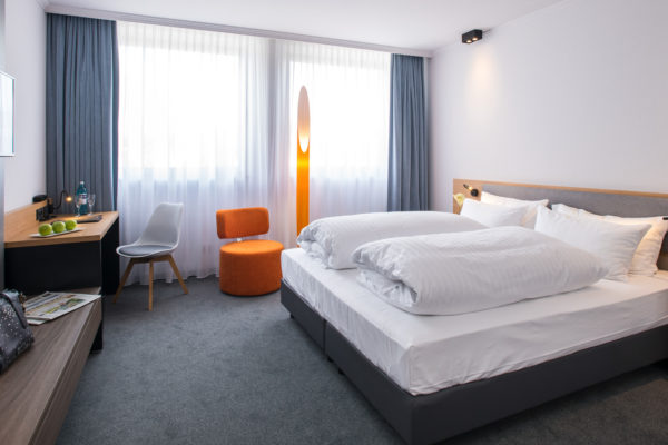 Zimmeransicht Flemming`s Express Hotel Frankfurt